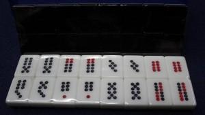 我见过的牌九千局